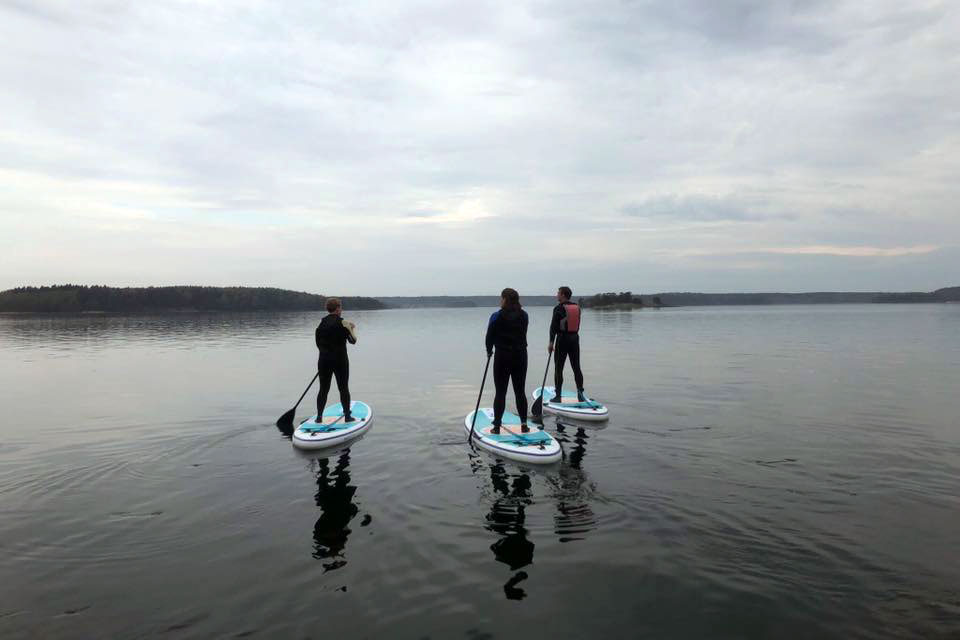 Stand Up Paddleboard (SUP) Paddling